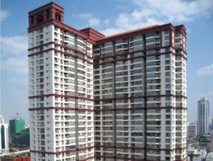 Pathumwan Resort apartment by May