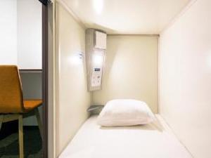 Capsule Hotel CUBE Hiroshima