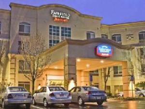 Despre Fairfield Inn & Suites Rancho Cordova (Fairfield Inn & Suites Rancho Cordova)