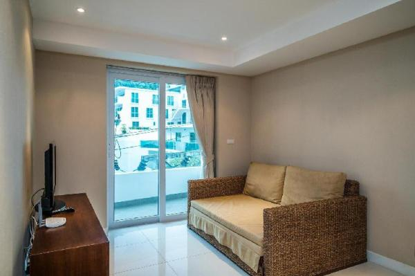 Kata Ocean View condo, mountain view apartment Phuket