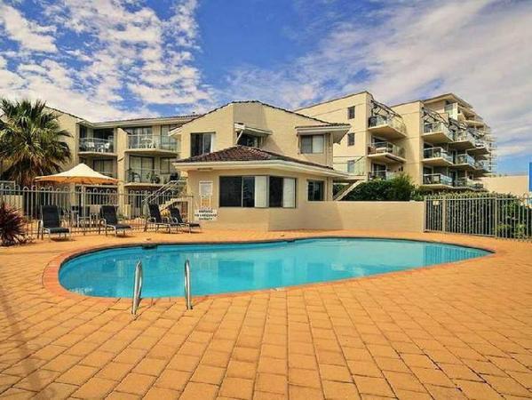 Shell 4 Apartment Perth