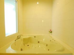 Hip Hotel Bangkok Бангкок - Ванна кімната