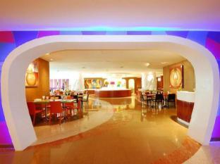 Hip Hotel Bangkok Бангкок - Ресторан