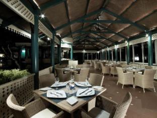 Vivanta by Taj Fort Aguada North Goa - Morisco Restaurant