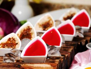 Emirates Concorde Hotel & Residence Dubai - Food and Beverages