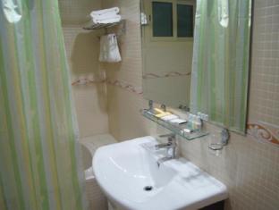 Le Park Hotel Doha - Bathroom