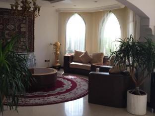 Dubai Palace - Dubai Palm Jumeirah Villa