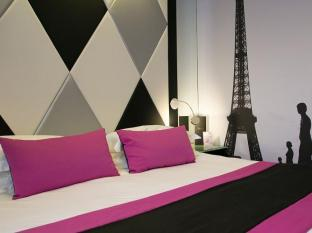 L'Empire Paris Hotel Ostalo - Gostinjska soba