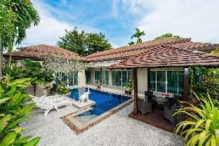 Le Grand Pool Villa near Rawai Pier