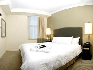 One King West Hotel and Residence Toronto (ON) - Suite Room