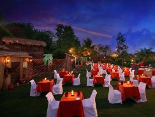 Pride Sun Village Resort and Spa Észak Goa - Kert