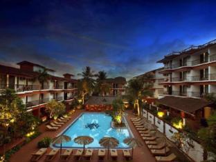 Pride Sun Village Resort and Spa Észak Goa - Uszoda