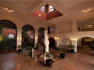 Pride Sun Village Resort and Spa Észak Goa - Előcsarnok