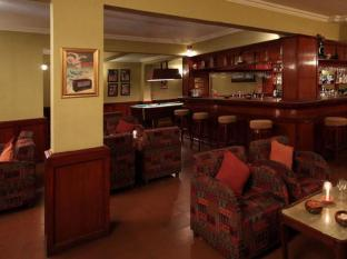 Pride Sun Village Resort and Spa Észak Goa - Pub/Lounge