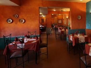 Pride Sun Village Resort and Spa North Goa - Restaurant