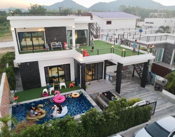 Rione Hip Huahin Pool villa Hua Hin