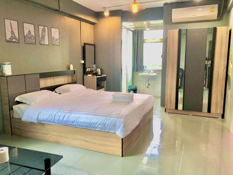 SKX&Serviced Apartment Standard Double Room สตูดิโอ บ้านเดี่ยว 2 ห้องน้ำส่วนตัว ขนาด 30 ตร.ม. – รัชดาภิเษก