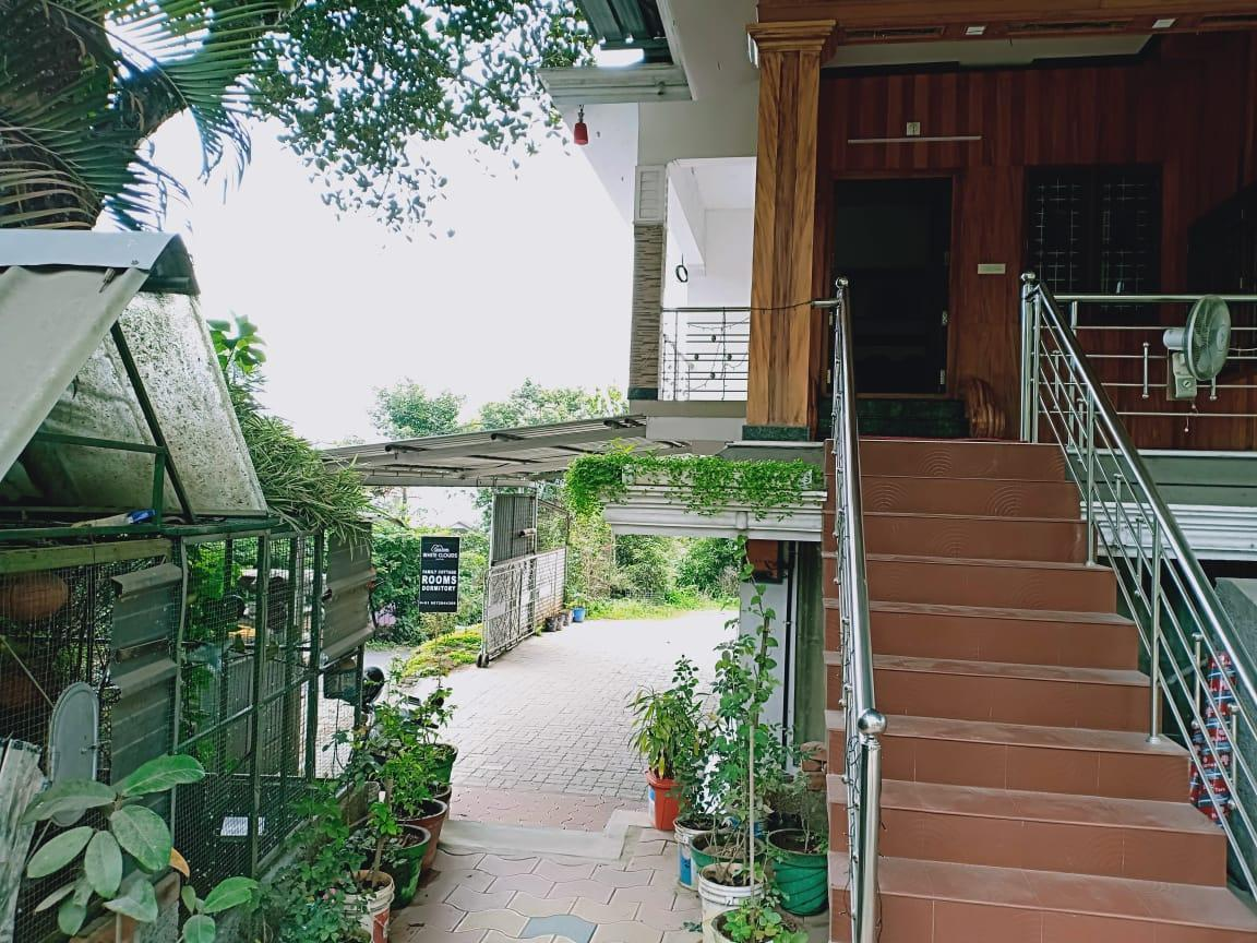 White Clouds Cottage Munnar Indian Nationals Only