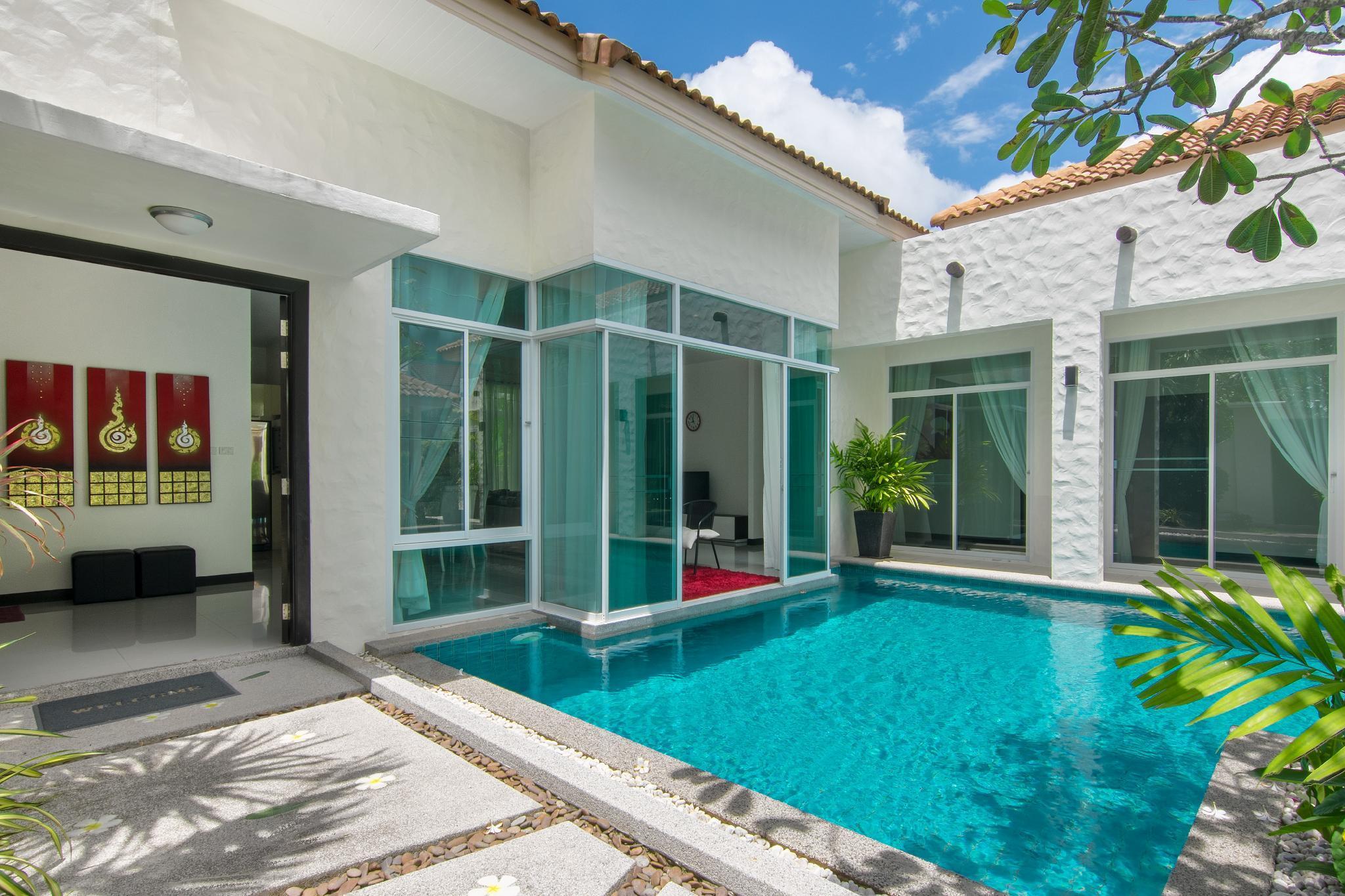 4 Bedroom Nai Harn Villa Carte For Rent