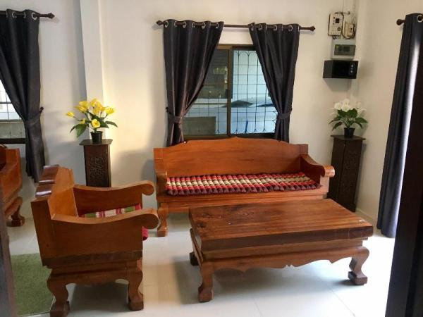 Center Old City 2 Bedroom house Park Nearby Chiang Mai