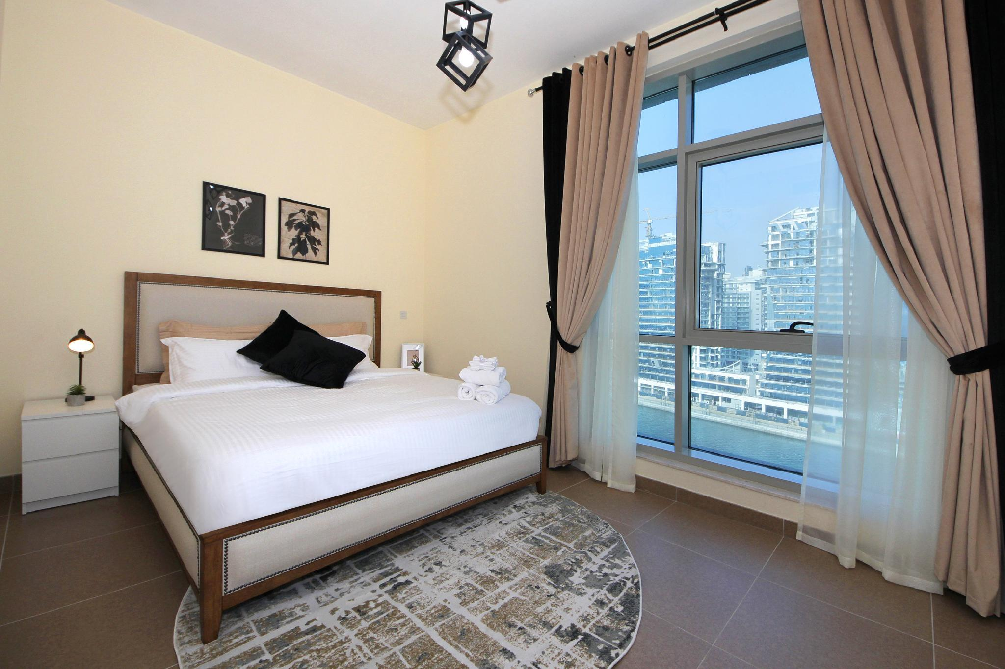 Stunning 1 Bedroom Apartment In Business Bay
