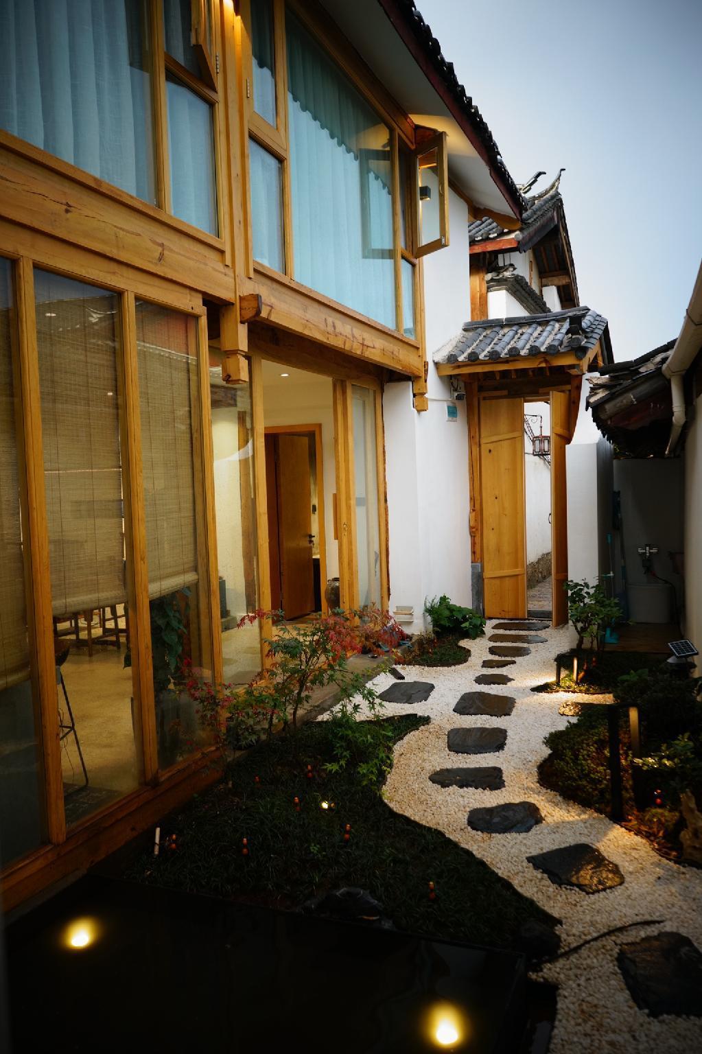 Garden Sunshine Villa In The Heart Of Old Town