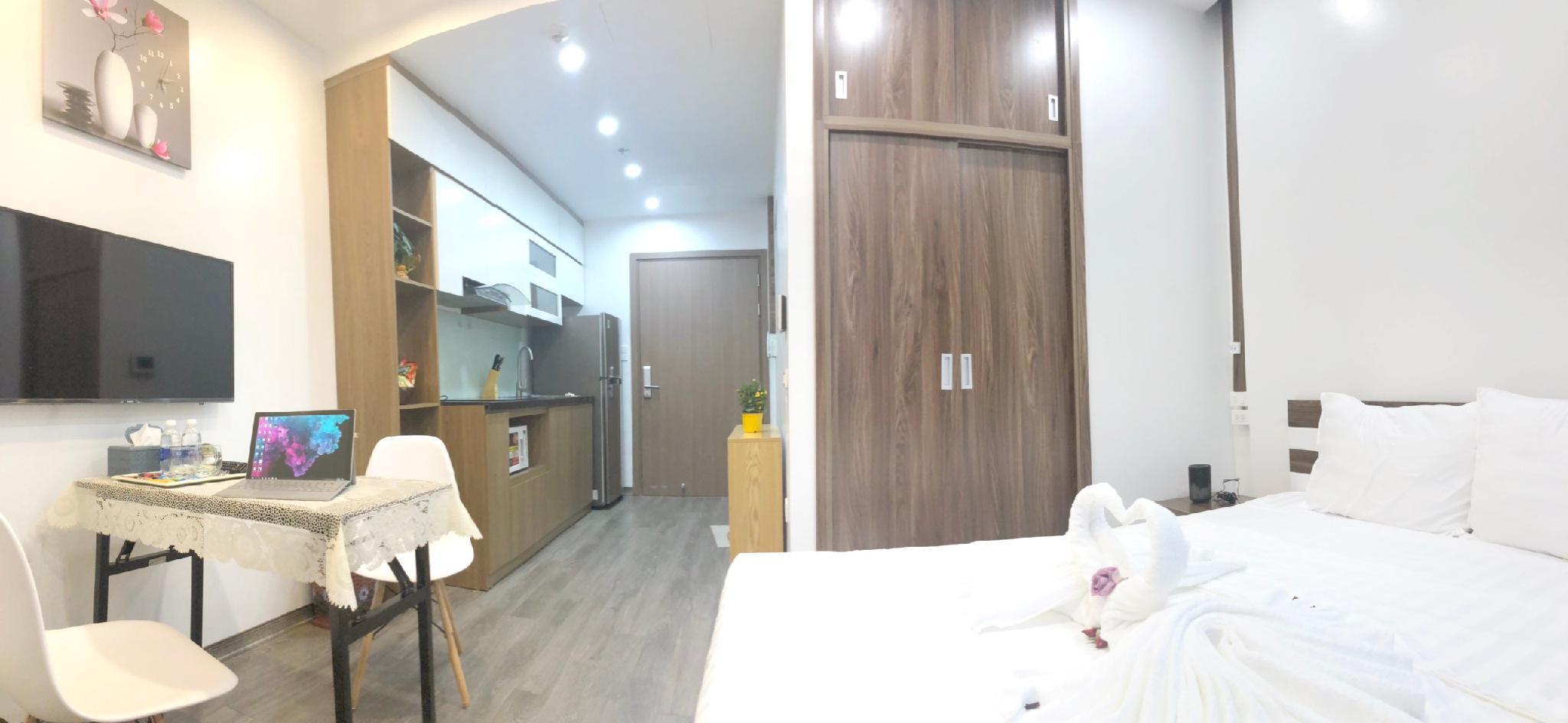 Vinhomes Greenbay 1 Bedroom Apartment