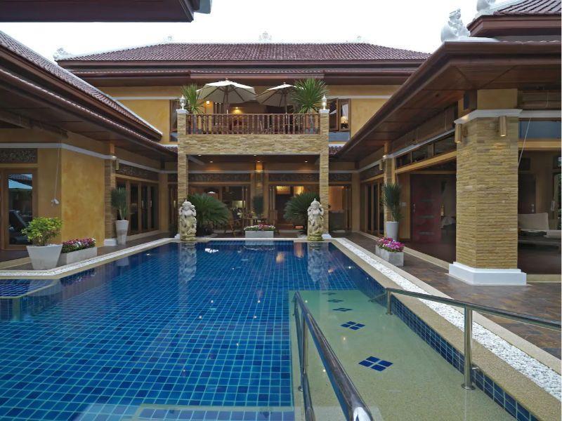 Exclusive Balinese Pool Villa In Pattaya