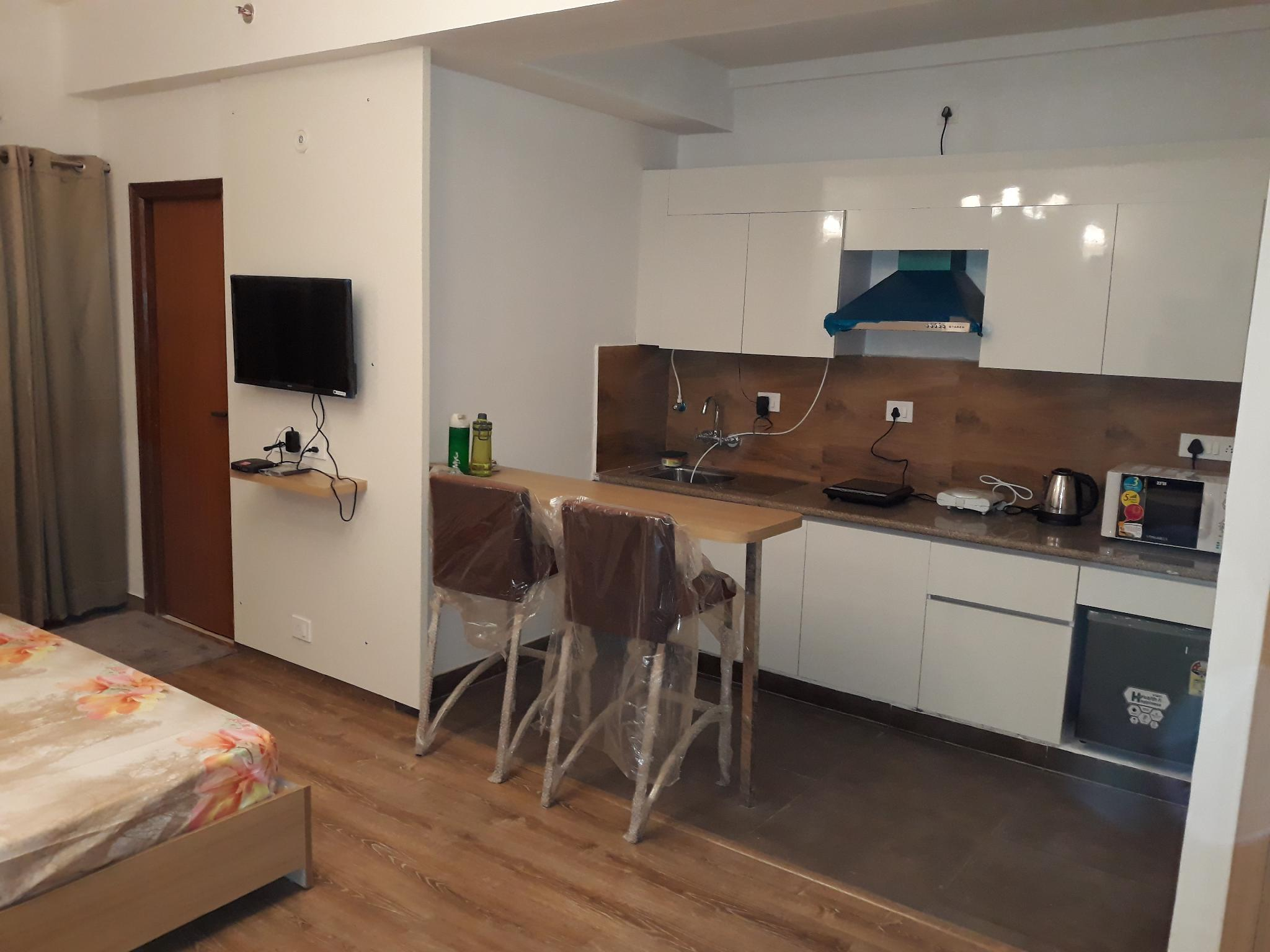 Pent House View  Studio Apartment In Noida