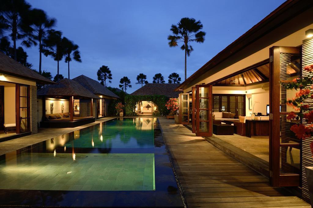 Pep 5BR Stunning Luxury Villa + Hot Tub