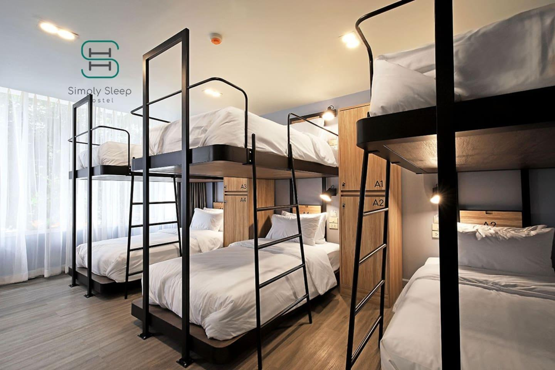 Simply Sleep Hostel - Family Room 8 beds 2 baths 1 ห้องนอน 2 ห้องน้ำส่วนตัว ขนาด 45 ตร.ม. – สีลม