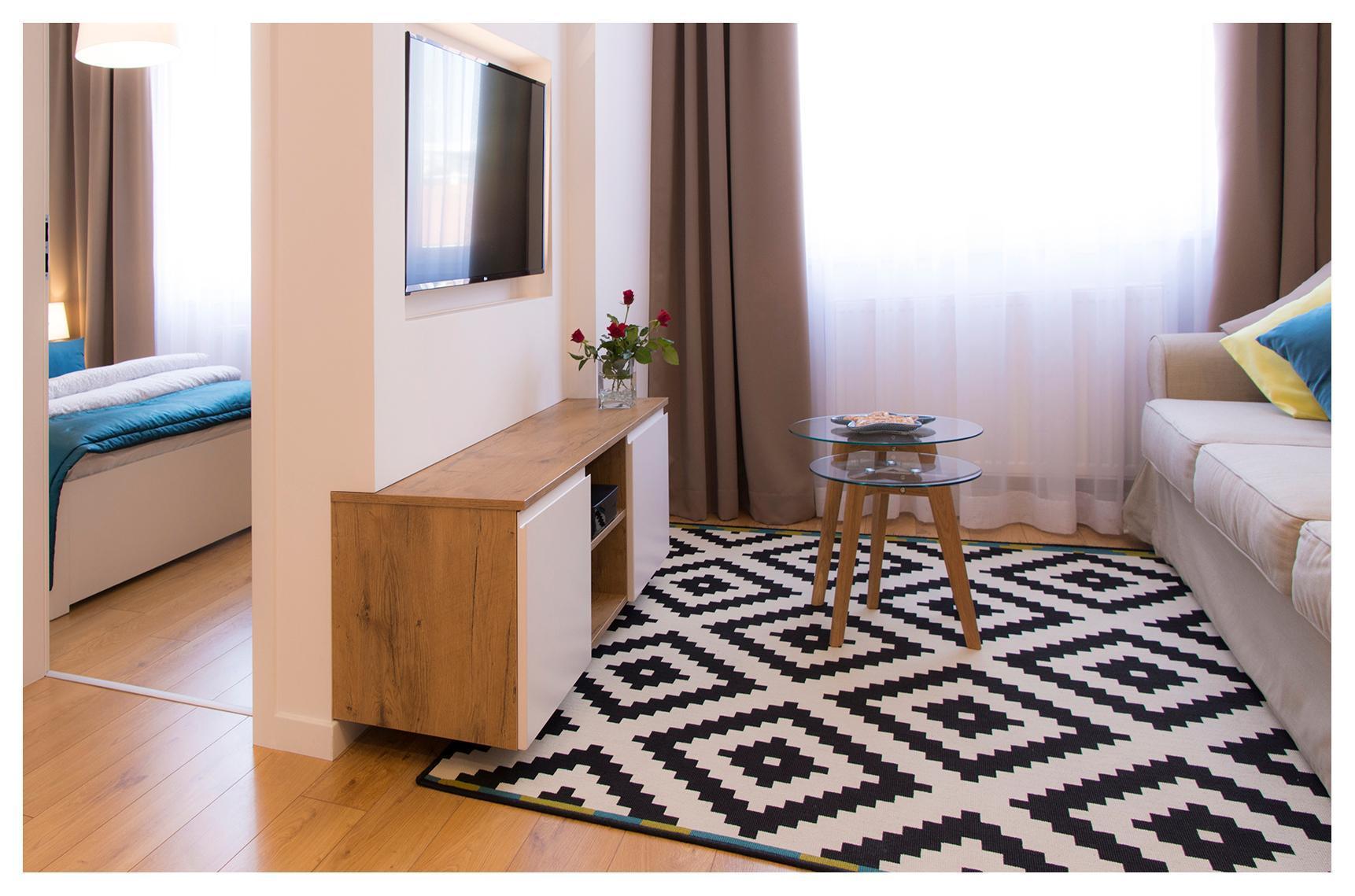 Central Apartments Rajska Purple Studio