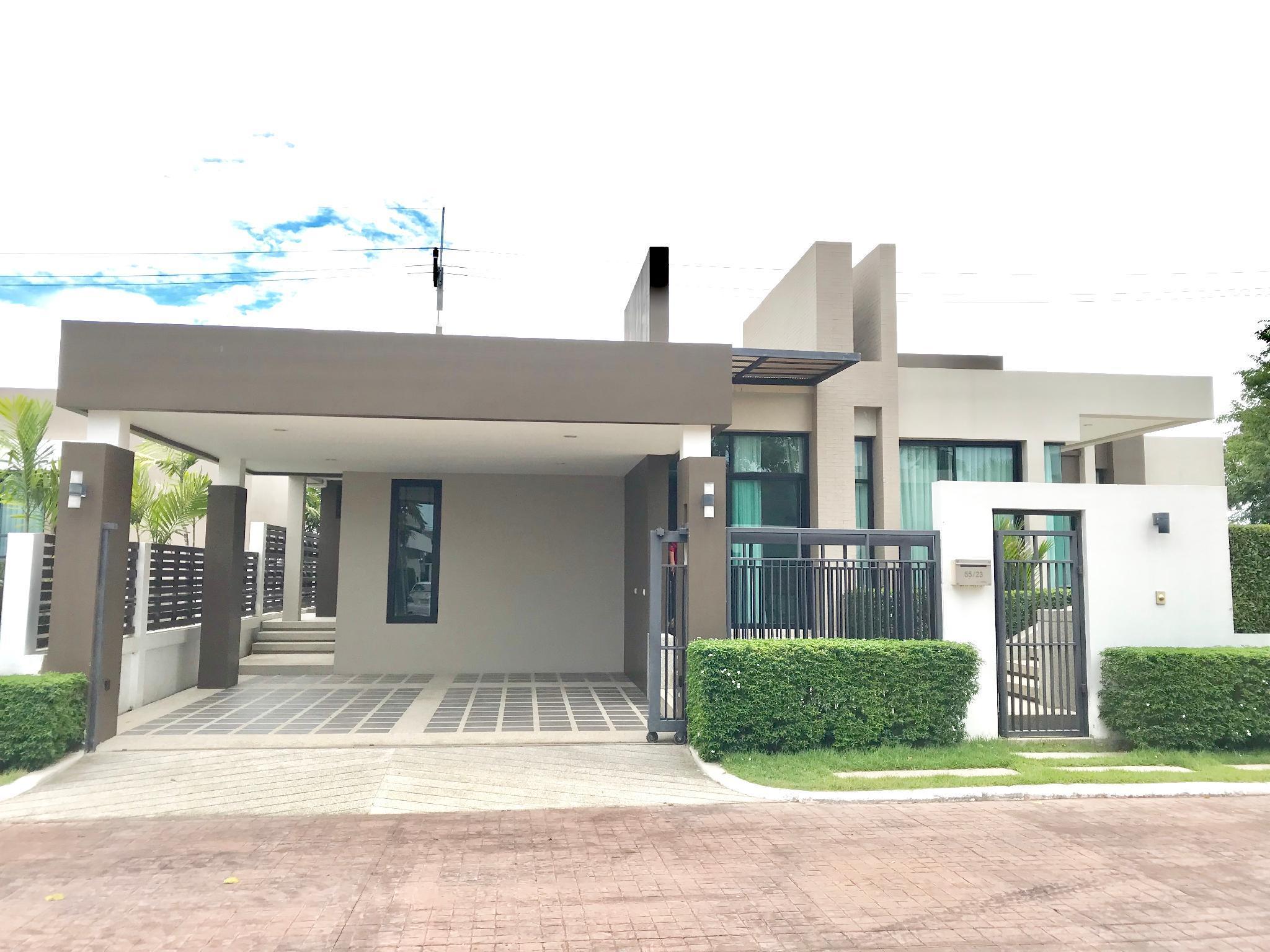 See Hill Pool Villa Pattaya