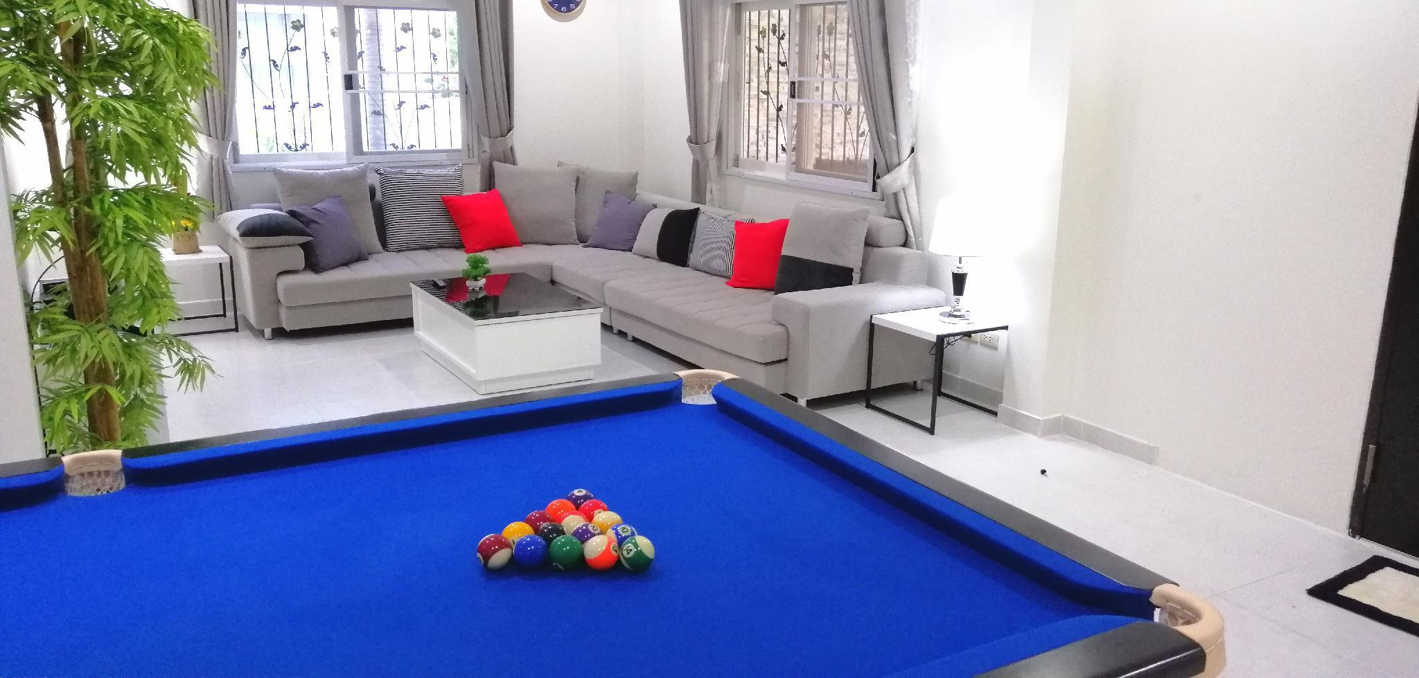Villa 4 beds,4 baths,pool table,swim pool,games. วิลลา 4 ห้องนอน 4 ห้องน้ำส่วนตัว ขนาด 250 ตร.ม. – หาดดงตาล