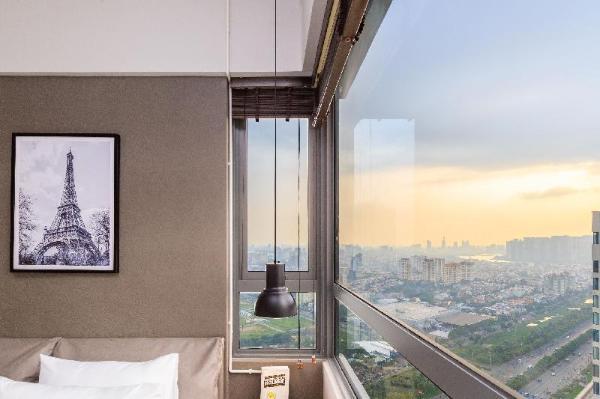 Retreat to Sunlit 2BR - Gym Pool @ Masteri An Phu Ho Chi Minh City
