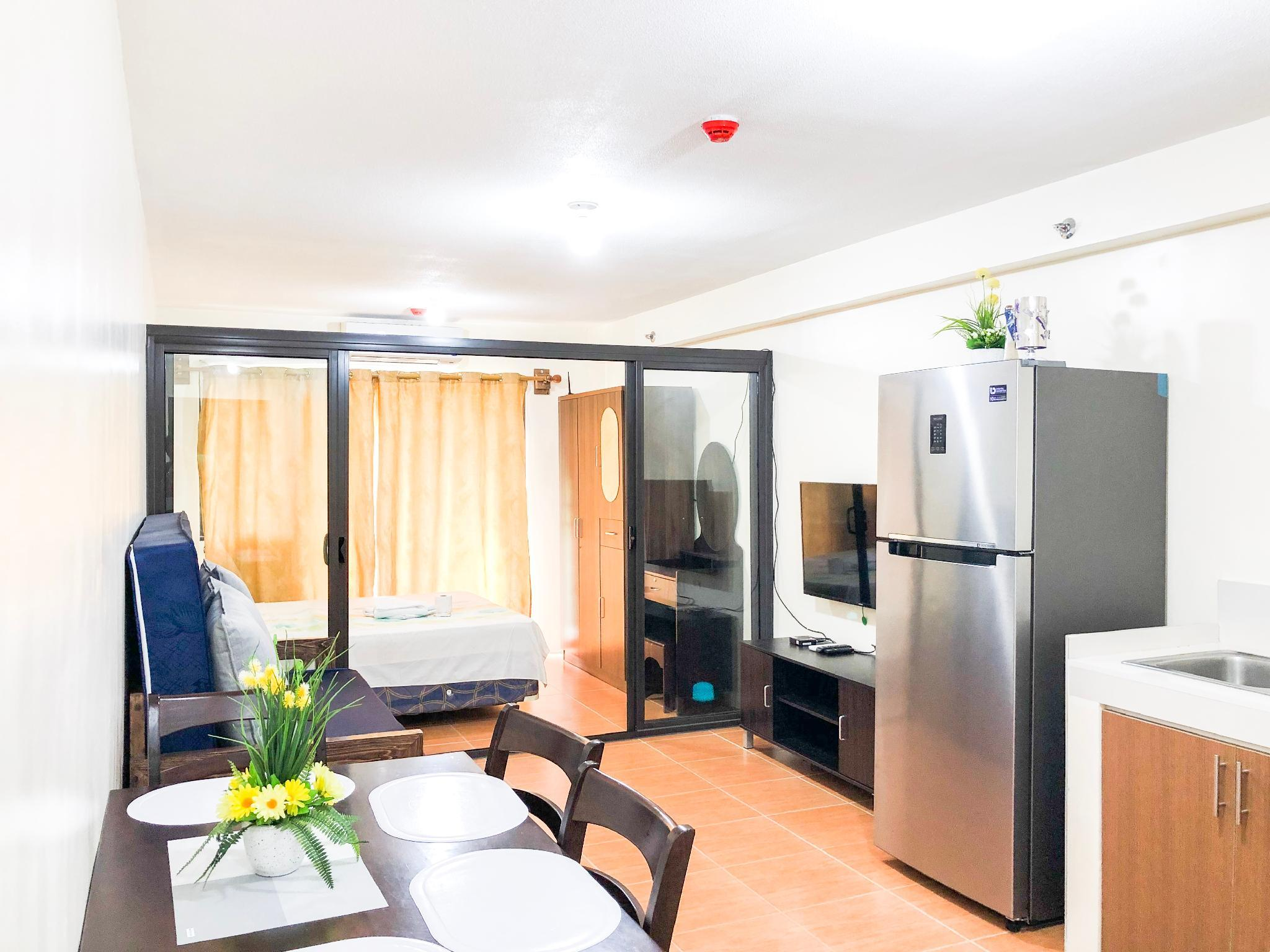 Affordable Furnished Condo In One Oasis 1236