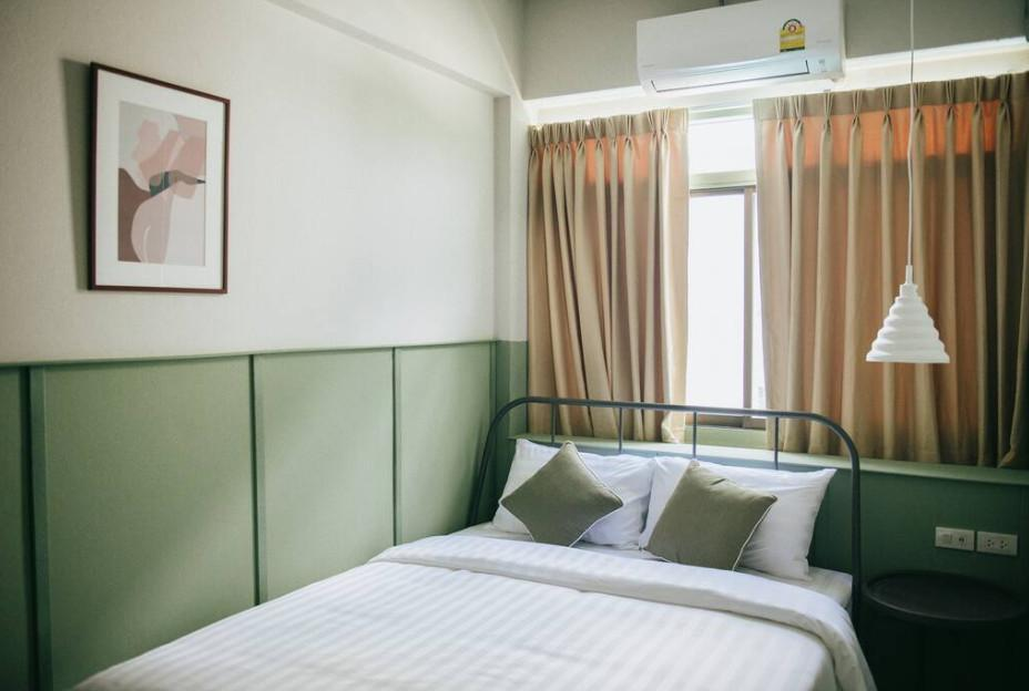 NEW  Muan's Double Room   Near Thapae Gate Wifi