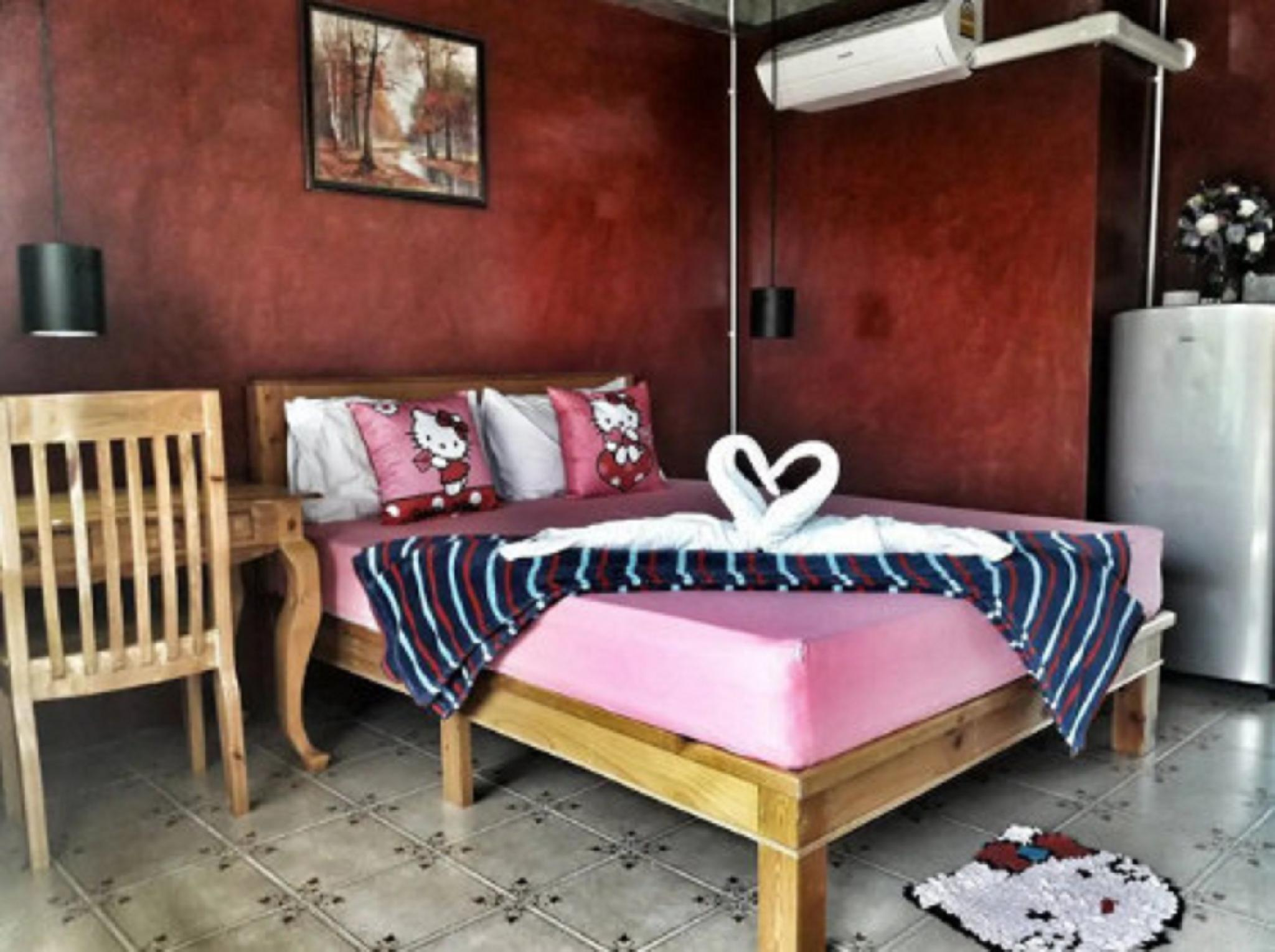 102RESIDENCE,Room&Pool&Foods 1 ห้องนอน 1 ห้องน้ำส่วนตัว ขนาด 40 ตร.ม. – สันกำแพง