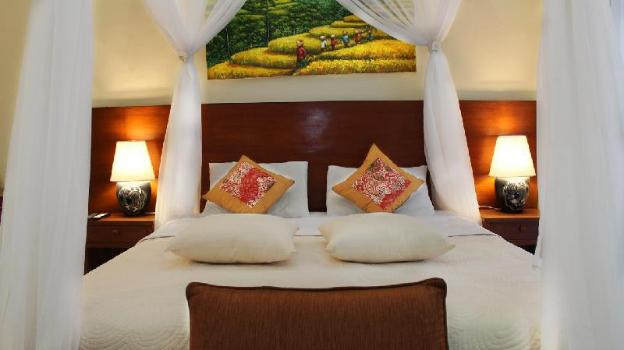 Affordable Jungle and Rice Field View Room at Ubud