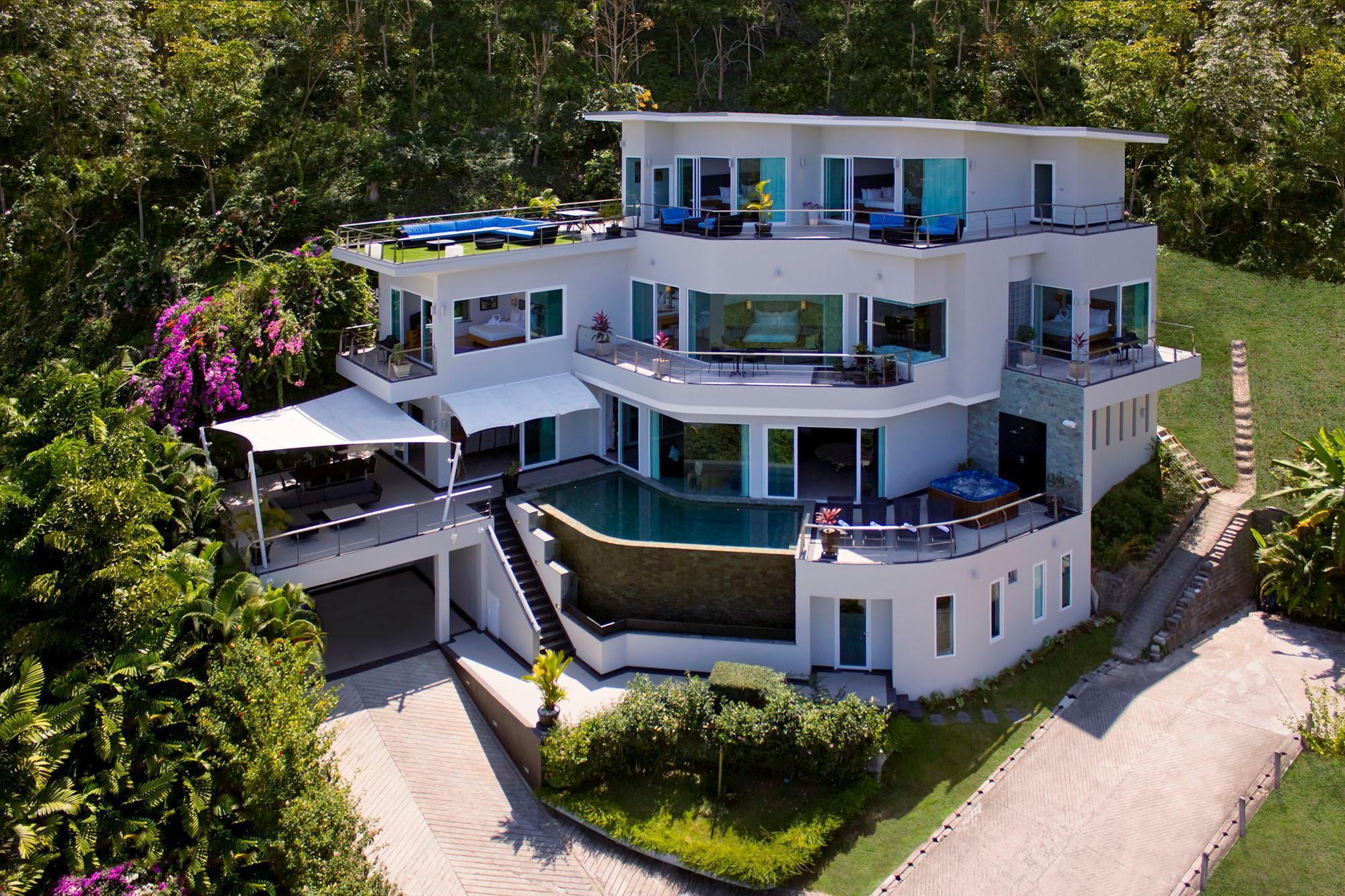 Villa Namaste 6 BedroomFullyStaffed OceanViewVilla