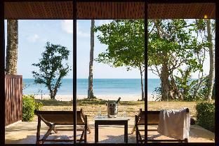 Beach Front Villa Private Beach Koh Lanta