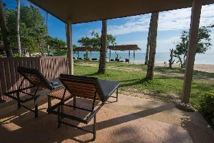 Beach Front Villa Private Beach Anda Lanta Resort Koh Lanta  Krabi Thailand