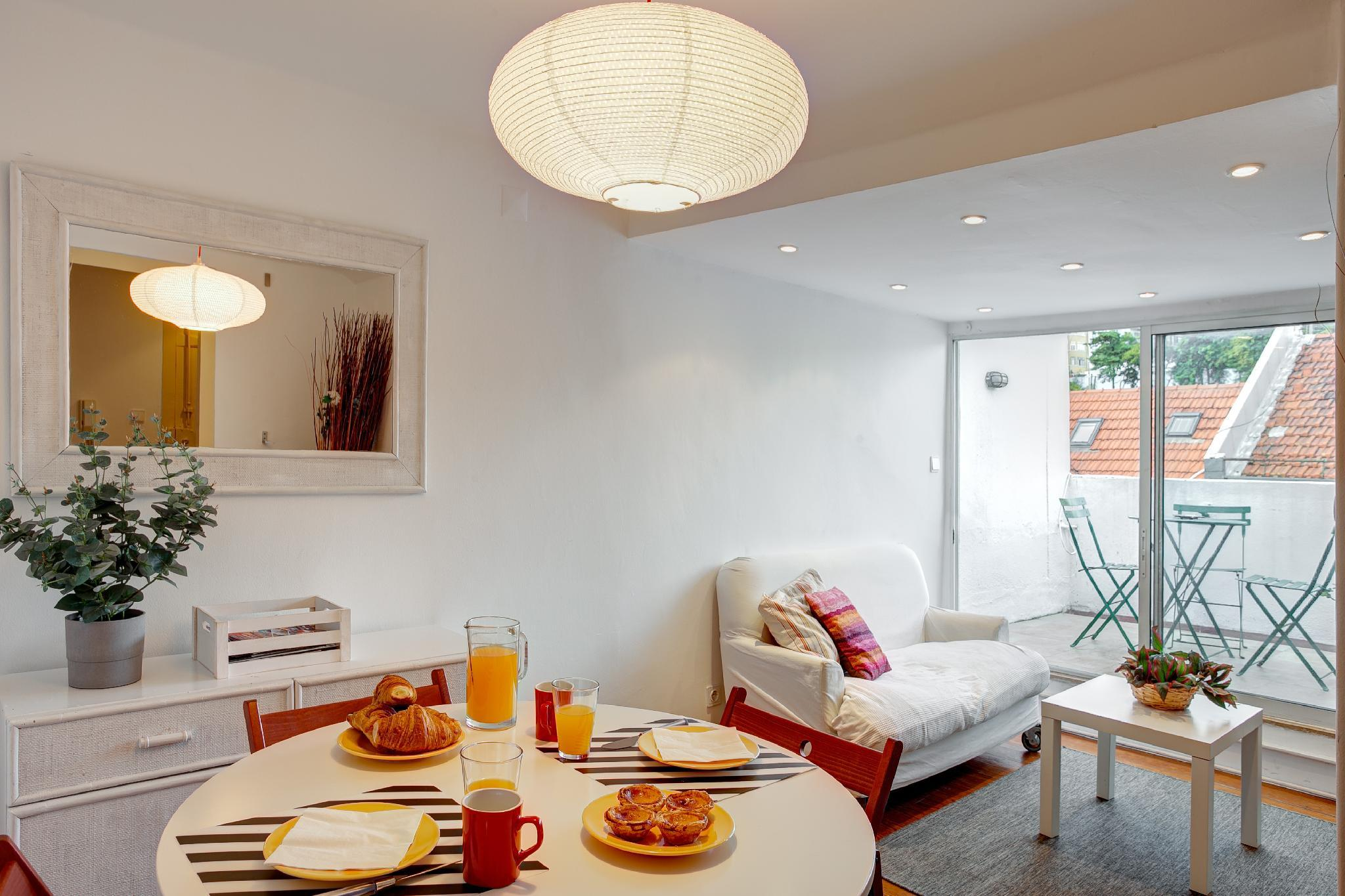 Apartment With Terrace In The Heart Of Lisbon