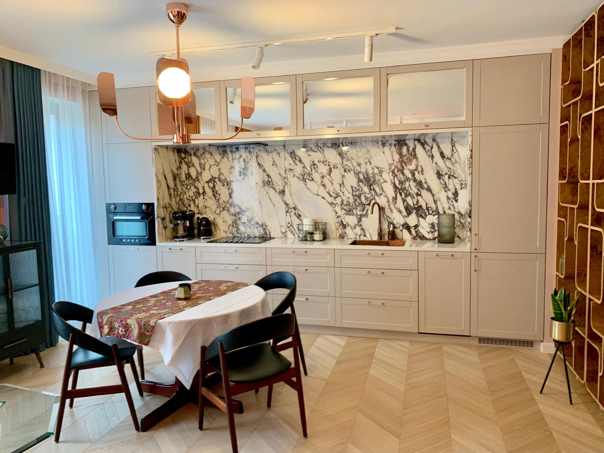 Beautifully Apartment By Bednarskiego Park
