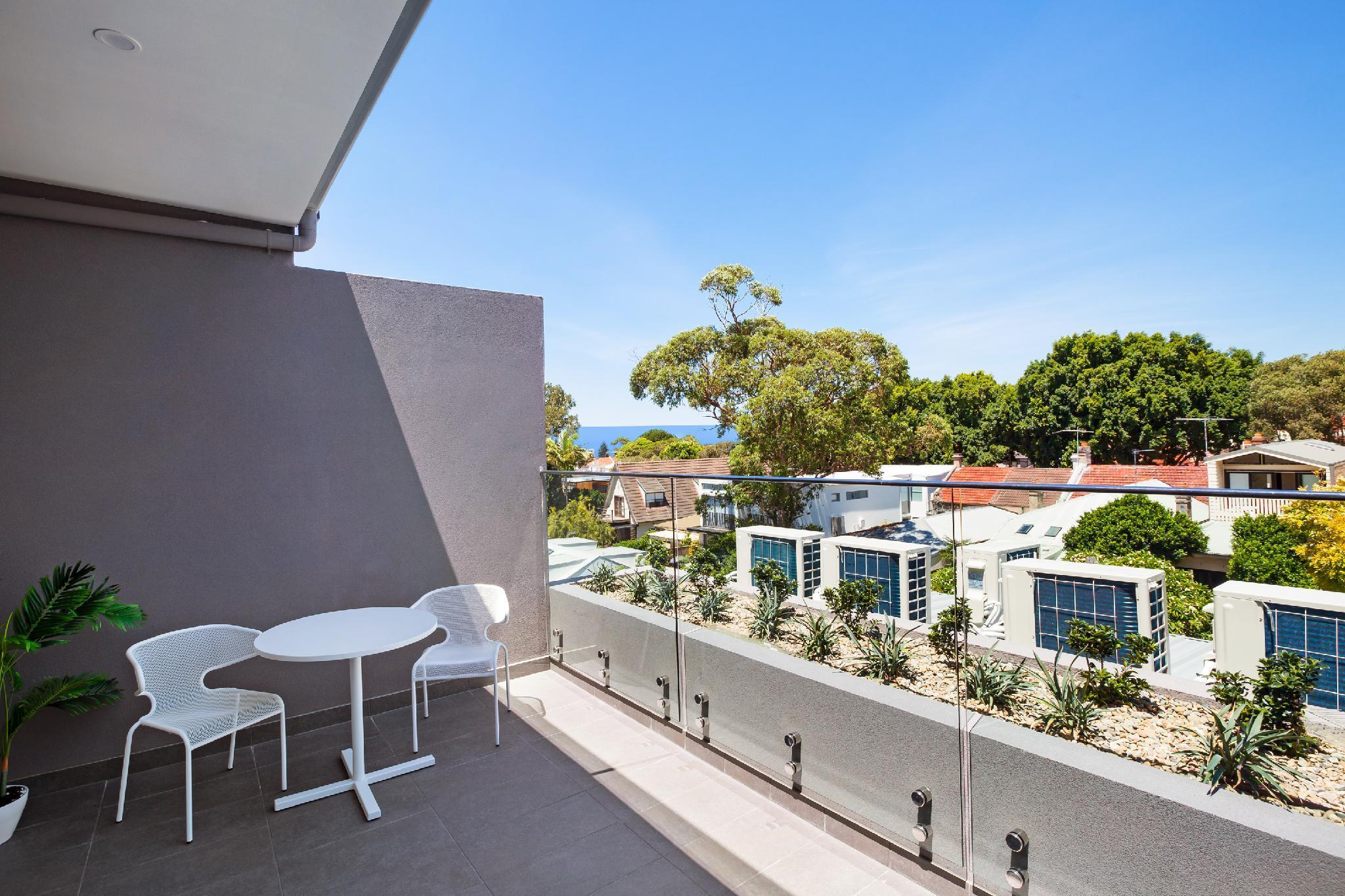 Bondi Beach Studios   Penthouse Suite With Balcony