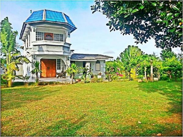 House @Din Thai Organic Farm & Home Stay Prachuap Khiri Khan