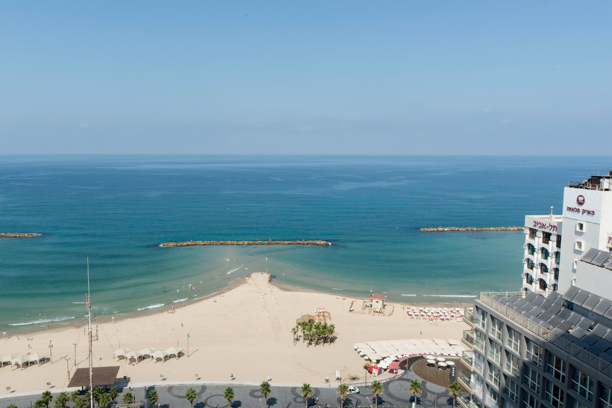 Luxurious 2BR With Panoramic Sea View