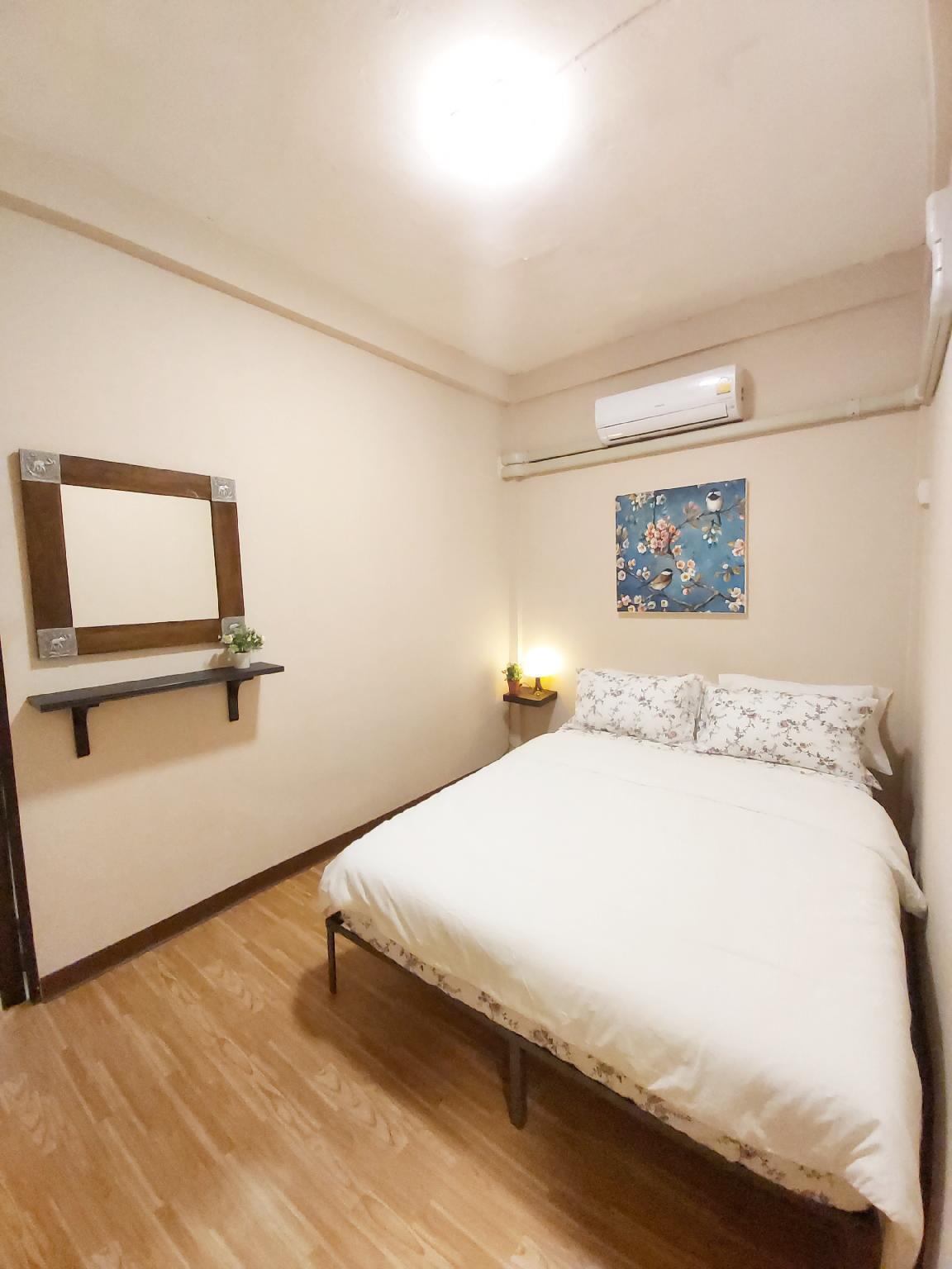 Real Bangkok Guesthouse Room 2