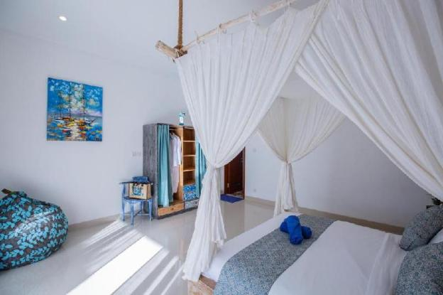 5BR Perfect Villa close to the Beach
