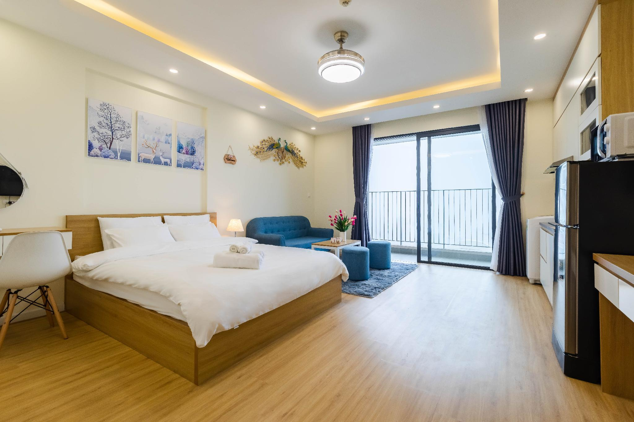 A Homes D'Capitale Luxury Apartment 1.3